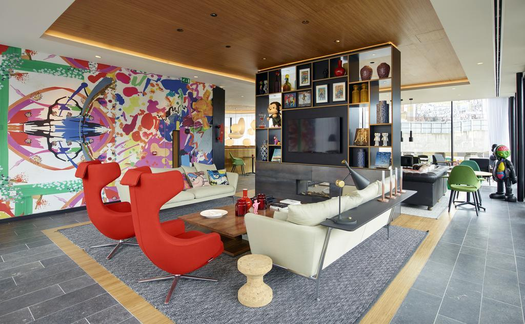 It's shmancy and couples will love the added perks at citizenM London Shoreditch