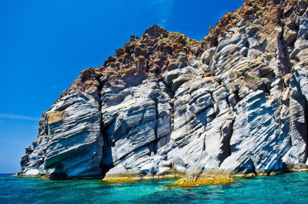 The-Volcanic-Island-of-Nisyros