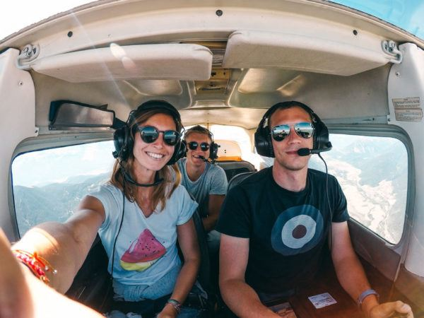 16 Private sightseeing flight over the city